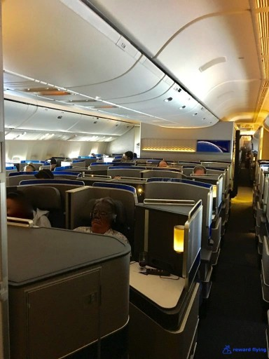 United Airlines Aircraft Fleet Boeing 777 300ER Polaris Business Class Cabin Interior Design and Seats Layout Configuration @rewardflying