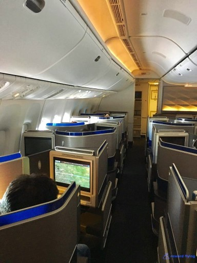 United Airlines Aircraft Fleet Boeing 777 300ER Polaris Business Class Cabin Interior Design and Seats Layout Configuration2 @rewardflying