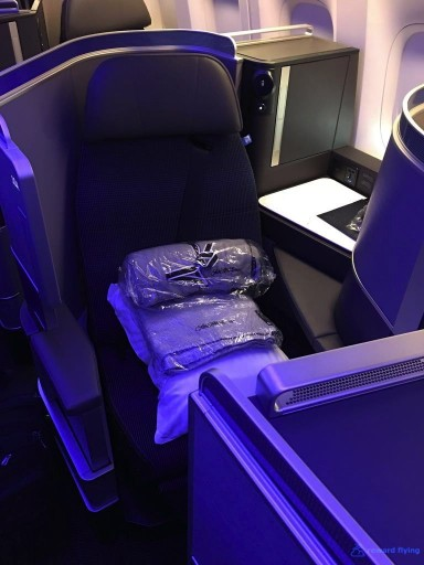 United Airlines Aircraft Fleet Boeing 777 300ER Polaris Business Class Cabin window angle forward seat Photos @rewardflying