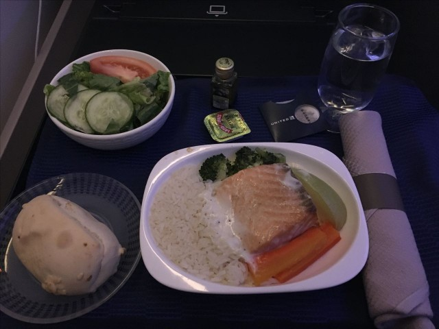 United Airlines Aircraft Fleet Boeing 777 300ER Polaris First Class Cabin Inflight Amenities Meal Food Services Menu salmon