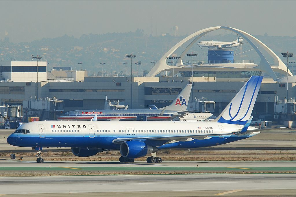 United Airlines Aircraft Fleet N510UA Boeing 757-222 cn:serial number- 24780:290 taxiing at LAX