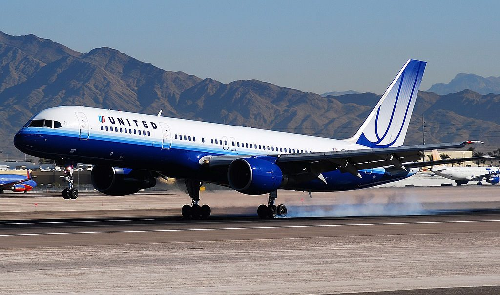 United Airlines Aircraft Fleet N596UA Boeing 757-222 cn:serial number- 28749:794 landing at McCarran International Airport