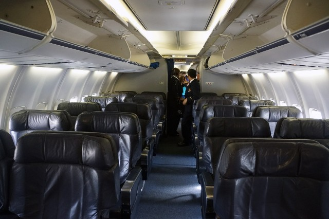 United Airlines Aircraft Fleet Narrow Body Boeing 757 300 First ClassBusiness Cabin Interior and Seats Configuration Photos