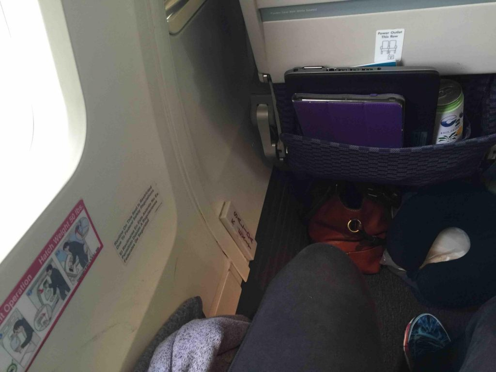 United Airlines Aircraft Fleet Narrow Body Boeing 757 300 Seats Pitch Legroom Photos