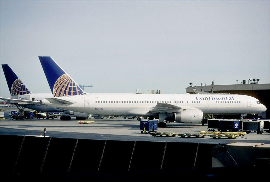 United Airlines Aircraft Fleet (ex-Continental) N33132 Boeing 757-224 cn:serial number- 29281:809 at Newark Liberty International Airport originally Newark Metropolitan Airport