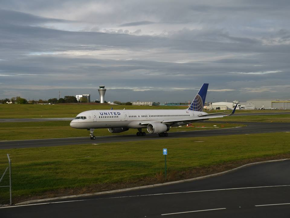 United Airlines Aircraft Fleet (ex-Continental) N48127 Boeing 757-224 cn:serial number- 28968:791 Flight 26 operating from Birmingham Airport to Newark, USA