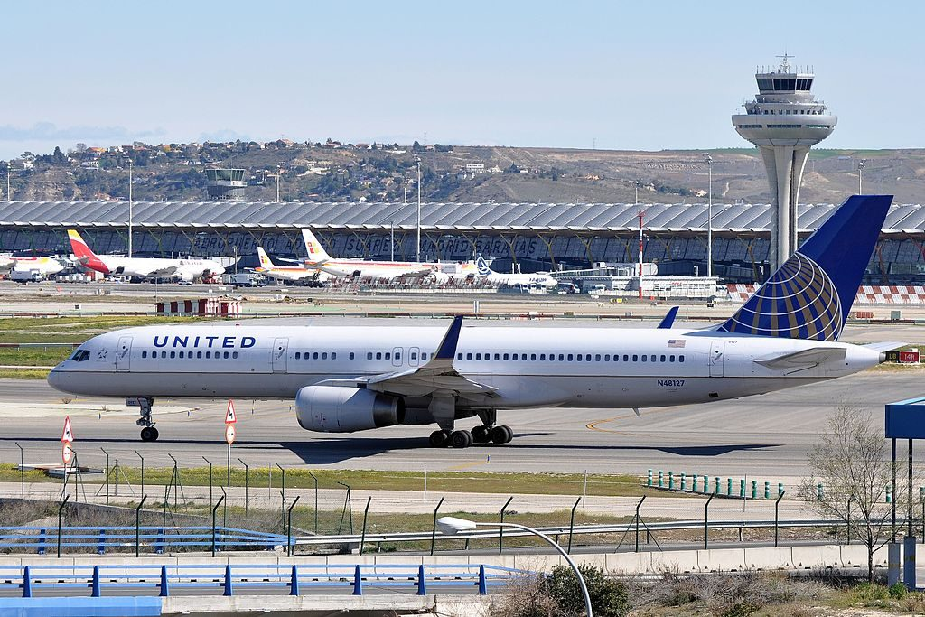 United Airlines Aircraft Fleet (ex-Continental) N48127 Boeing 757-224 cn:serial number- 28968:791 at Adolfo Suárez Madrid–Barajas Airport (IATA- MAD, ICAO- LEMD)