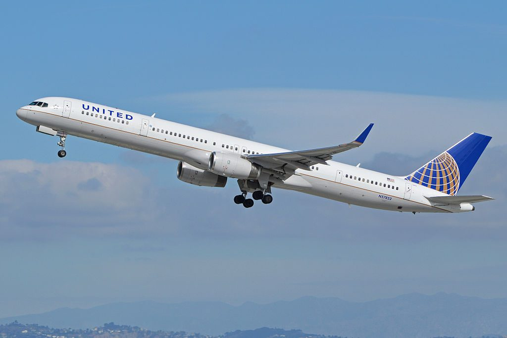 United Airlines Aircraft Fleet ex Continental N57852 Boeing 757 324wl cnserial number 32811995 departing Los Angeles International LAX KLAX USA California