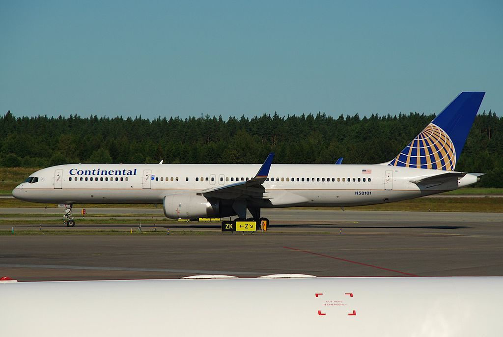 United Airlines Aircraft Fleet (ex-Continental) N58101 Boeing 757-224 cn:serial number- 27291:614 landing and takeoff at Stockholm Arlanda Airport (IATA- ARN, ICAO- ESSA) Sweden