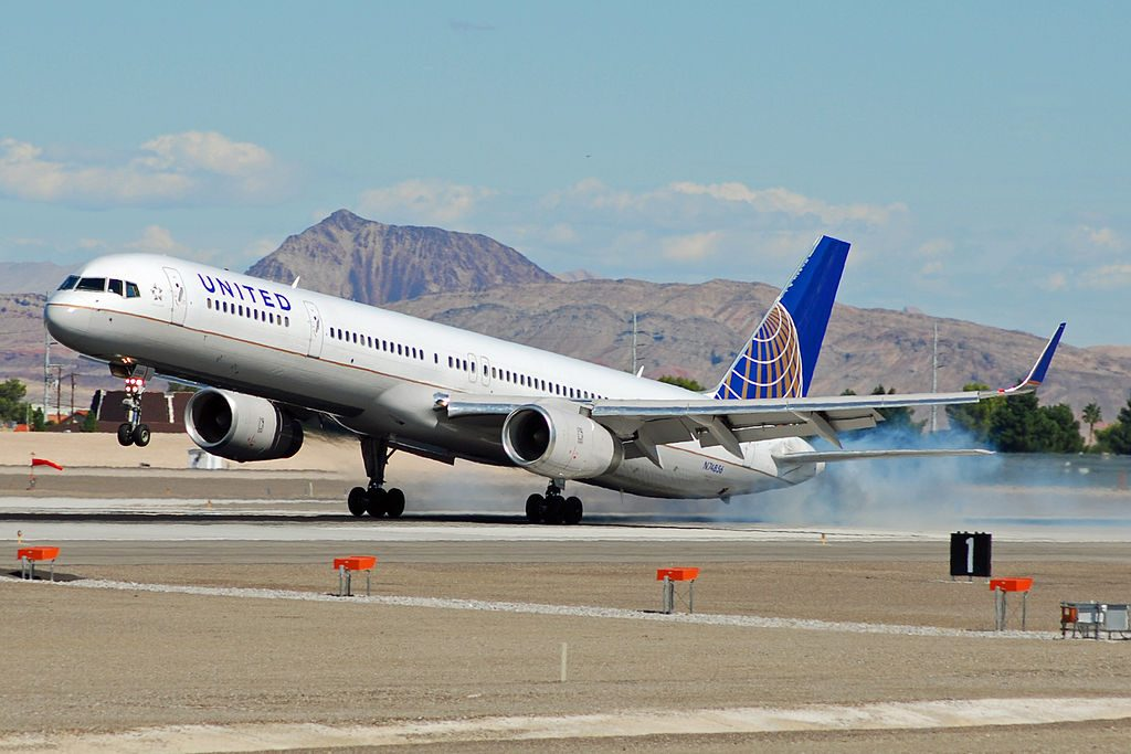 United Airlines Aircraft Fleet ex Continental N74856 Boeing 757 324w cn 32815 ln 1039 hard landing at McCarran International Airport Las Vegas NV