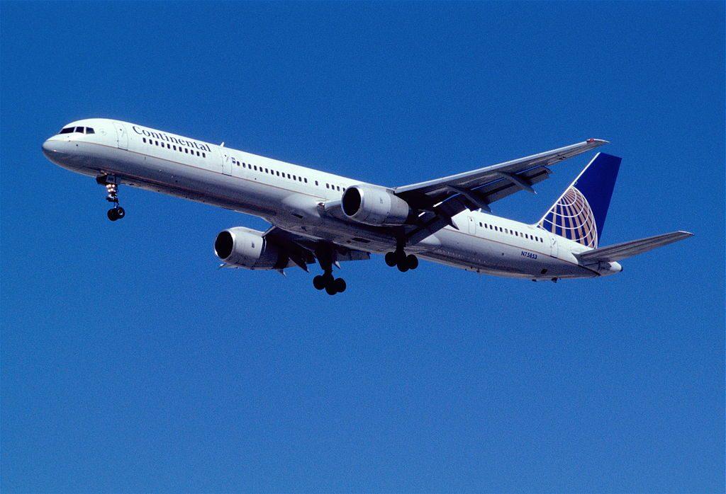United Airlines Aircraft Fleet ex Continental N75853 Boeing 757 324 cnserial number 32812997 on final at Las Vegas McCarran International LAS KLAS USA Nevada