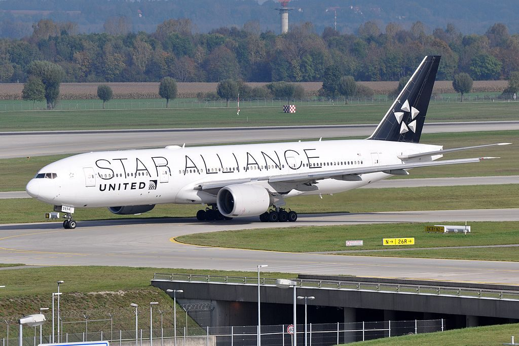United Airlines Fleet N794UA STAR ALLIANCE livery colors Boeing 777 222ER cnserial number 26953105 at Munich Airport IATA MUC ICAO EDDM