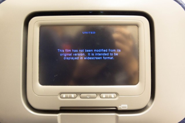 United Airlines Fleet Widebody Aircraft Boeing 777 200 Economy Class cabin long haul flight inflight amenities entertainment system