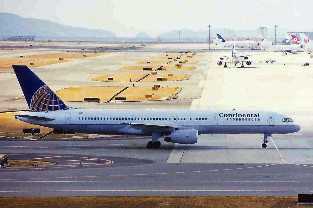 United Airlines Fleet (ex-Continental Micronesia) N17126 Boeing 757-224 cn:serial number- 27566:790 landing and takeoff at Kansai International Airport (IATA- KIX, ICAO- RJBB)