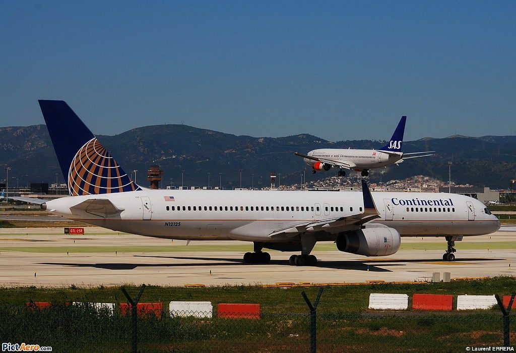 United Airlines Fleet (ex-Continental) N12125 Boeing 757-224 cn:serial number- 28967:788 takeoff and landing at Barcelona-El Prat Airport (LEBL) in Spain