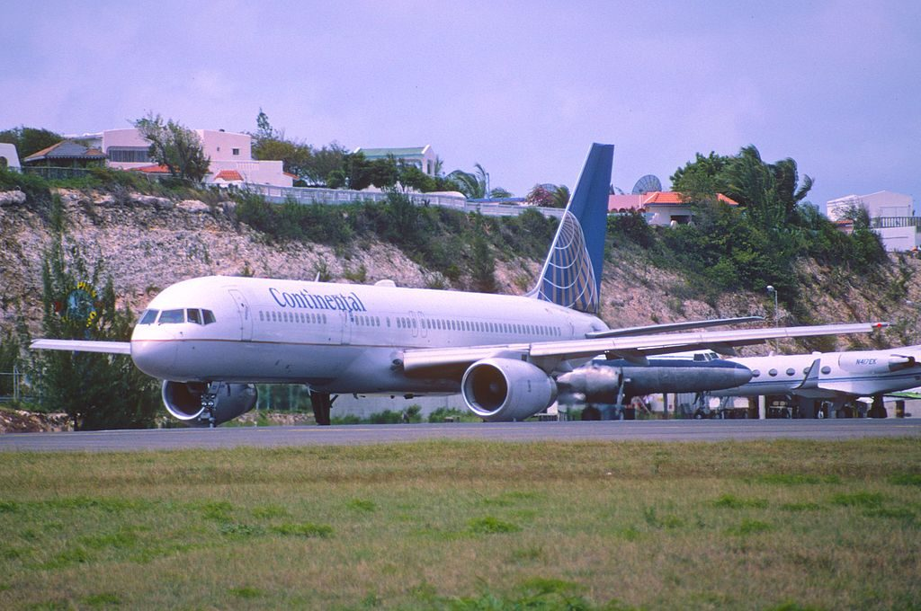 United Airlines Fleet (ex-Continental) N12125 Boeing 757-224 cn:serial number- 28967:788 takeoff and landing at Princess Juliana International Airport