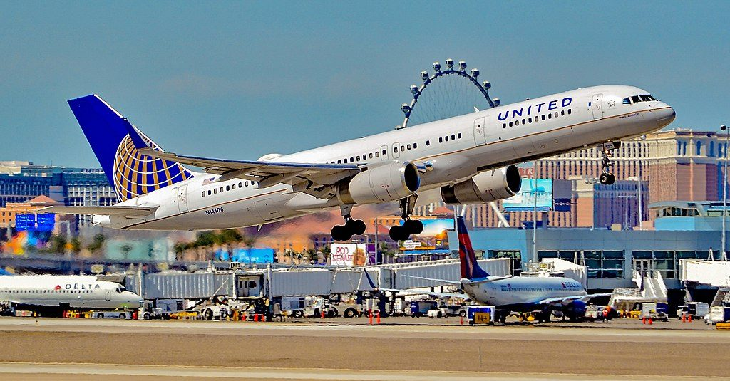 United Airlines Fleet (ex-Continental) N14106 Boeing 757-224 cn:serial number- 27296:637 Sam E. Ashmore takeoff and landing at Las Vegas - McCarran International Airport (LAS : KLAS) USA - Nevada