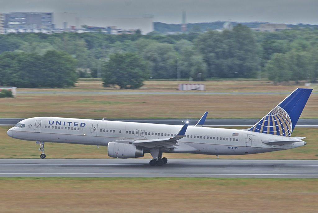 United Airlines Fleet (ex-Continental) N14115 Boeing 757-224 cn:serial number- 27557:686 takeoff and landing at Berlin Tegel Otto Lilienthal Airport (IATA- TXL, ICAO- EDDT)