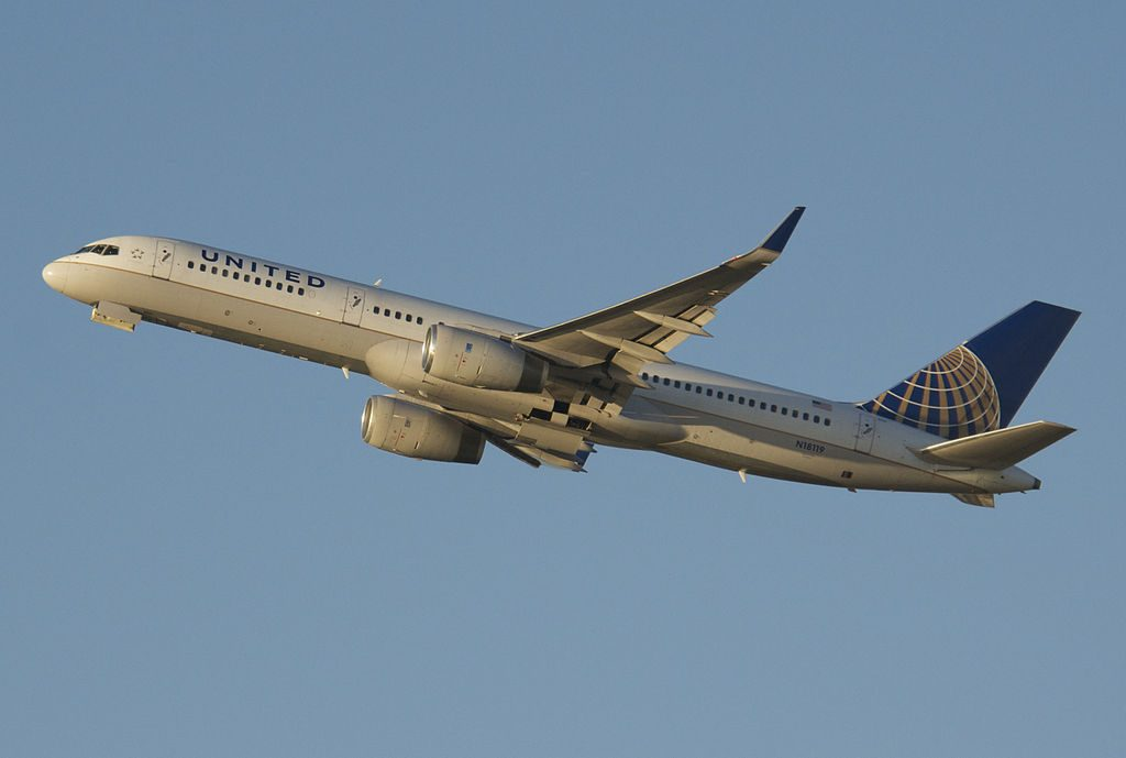 United Airlines Fleet (ex-Continental) N18119 Boeing 757-224 cn:serial number- 27561:753 departure Zurich Airport