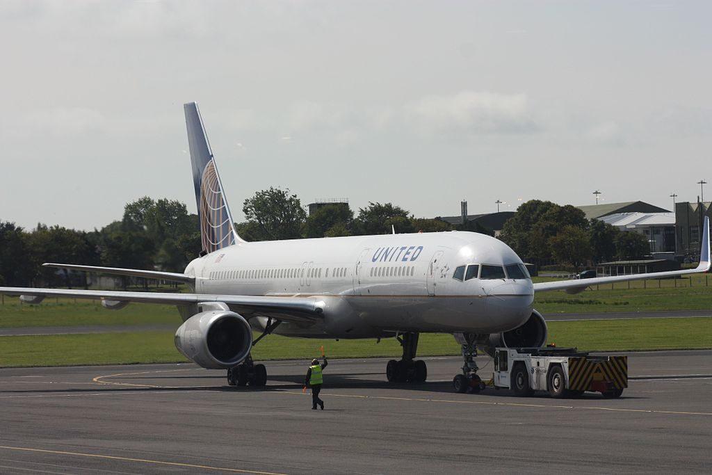 United Airlines Fleet (ex-Continental) N19141 Boeing 757-224 cn:serial number- 30354:933 at Belfast International Airport, Aldergrove, County Antrim, Northern Ireland