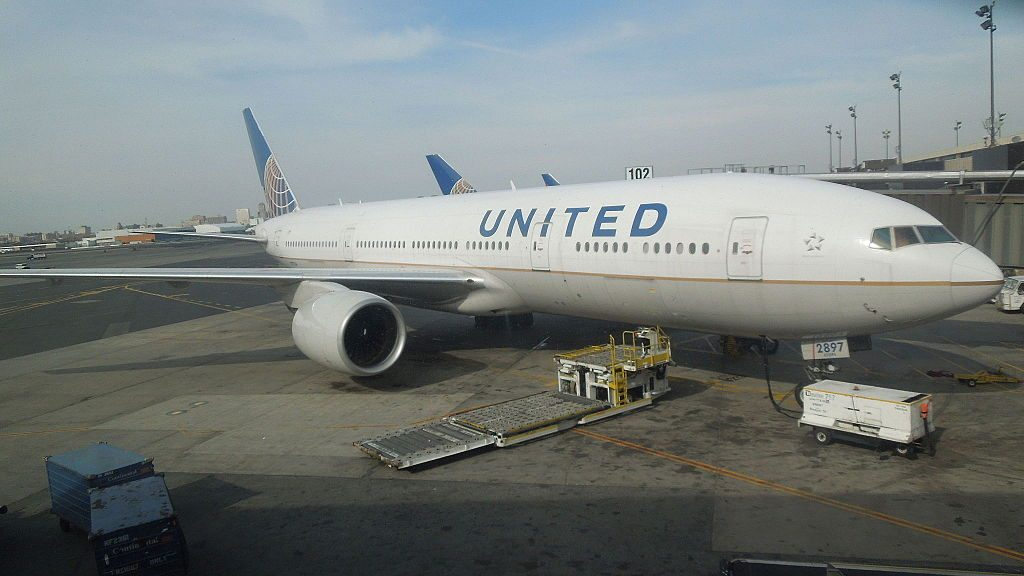 United Airlines N797UA Boeing 777 200ER cnserial number 26924116 at Newark Liberty International Airport