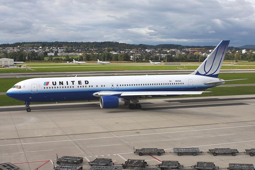 United Airlines Widebody Aircraft Fleet Boeing 767 322ER cnserial number 25389452 N651UA taxiing at ZRH Zurich Airport