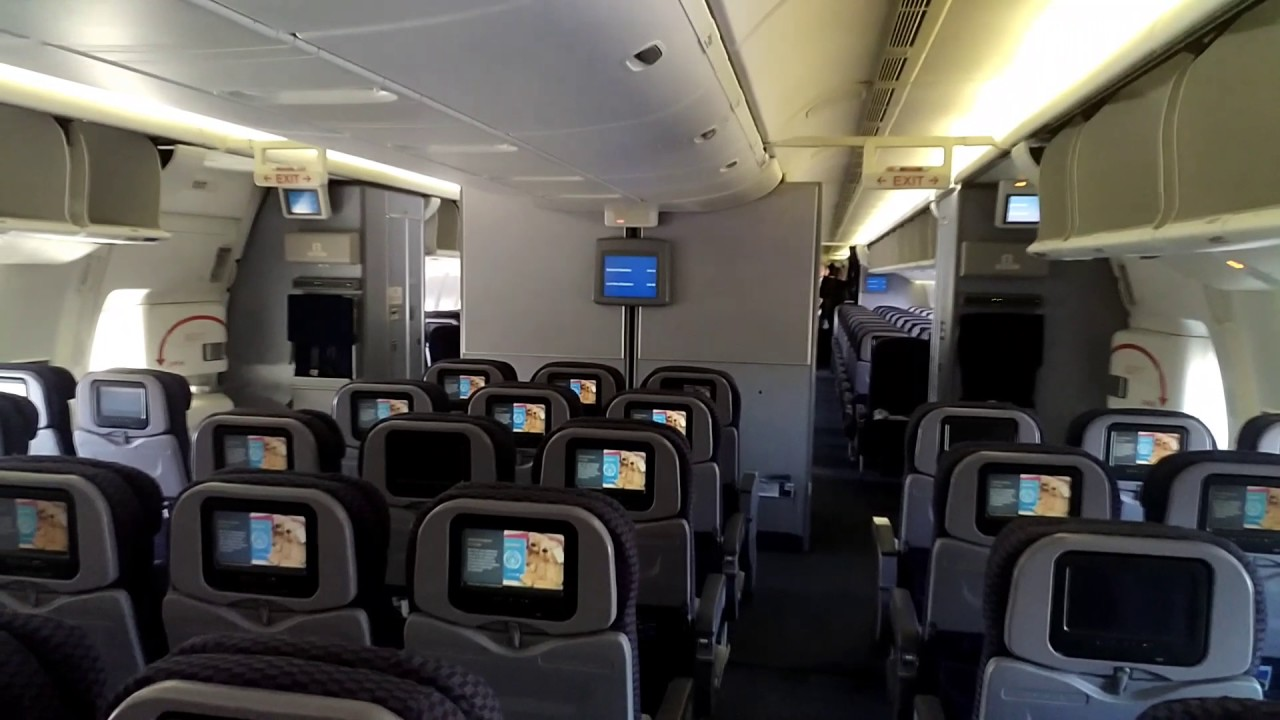 United Airlines Widebody Aircraft Fleet Boeing 767 400ER Premium EcoEconomy Plus Cabin Layout and Seats Configuration