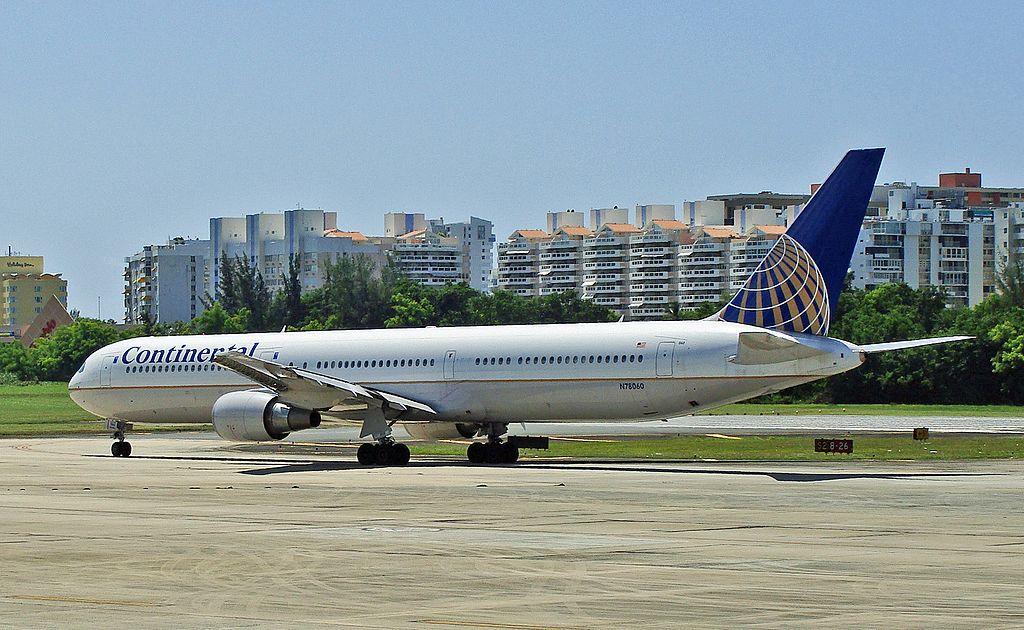 United Airlines Widebody Aircraft Fleet ex Continental Boeing 767 424ER cnserial number 29455866 N78060 at San Juan Luis Munoz Marin International SJU TJSJ Puerto Rico