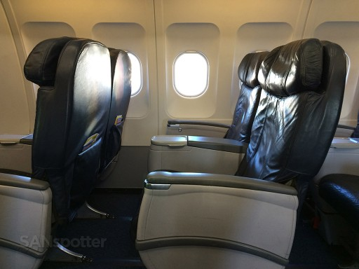Airbus A319 100 Spirit Airlines Premium Eco Big Front Seats Row Photos @SANspotter