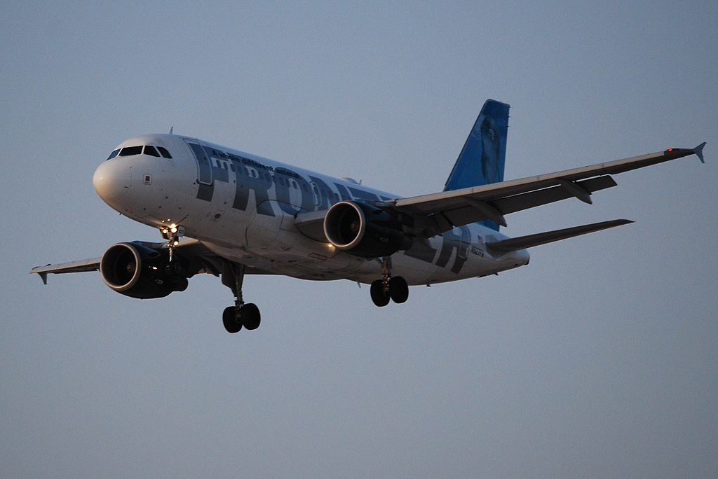 Airbus A319 111 Frontier Airlines Flip the Bottlenose Dolphin N927FR on final at McCarran International Airport