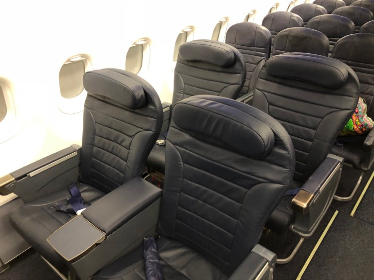 Airbus A320 200 Spirit Airlines Economy Cabin Big Front Seat Row 2 2 Layout Photos