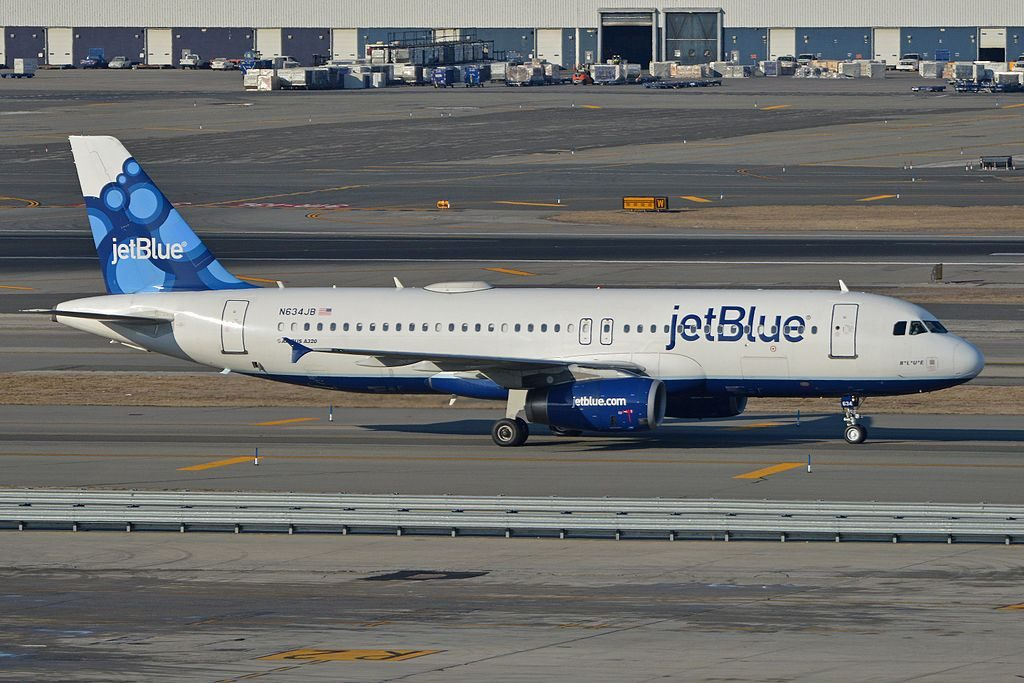Airbus A320 232 N634JB jetBlue Airways BLUE taxiing in after arriving on flight JBU780 from Montego Bay at JFK Airport