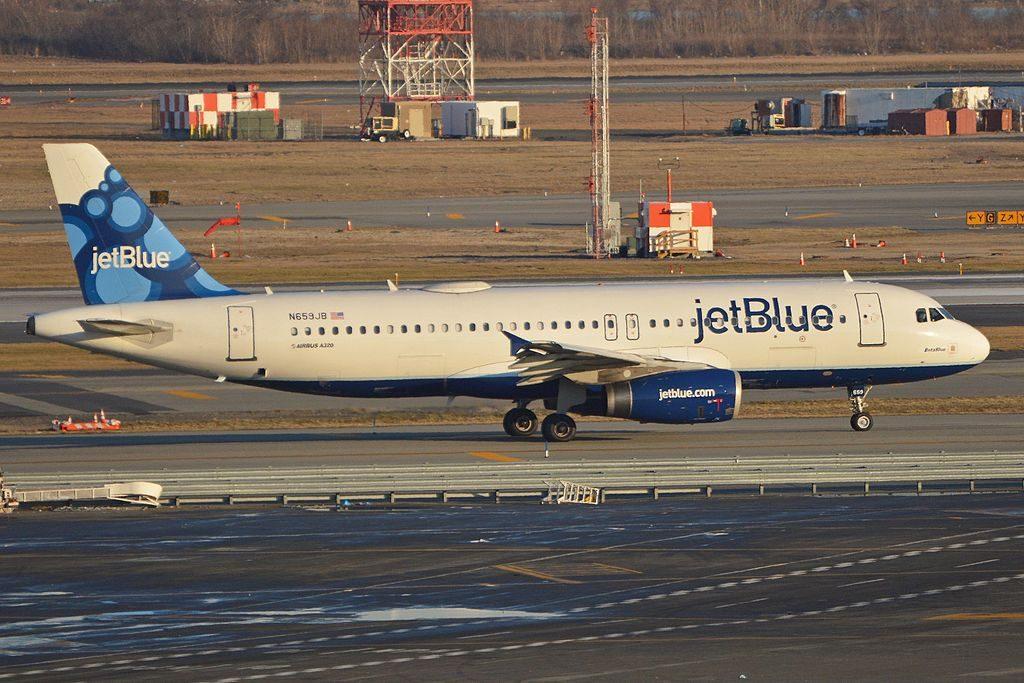 Airbus A320 232 N659JB jetBlue Airways BetaBlue departing on flight JBU89 to San Diego from JFK Airport