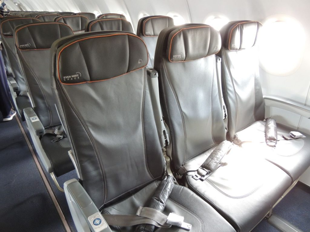Airbus A321 200 JetBlue Airways Economy Cabin Premium Eco Even More Space Seating Layout
