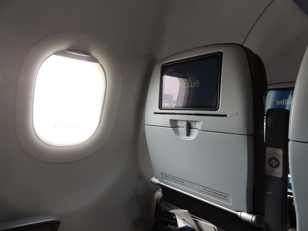 Airbus A321 200 JetBlue Airways Economy Cabin Standard Window Seats