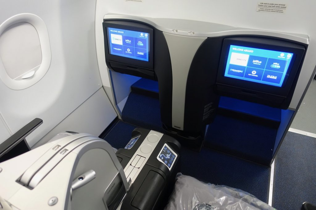 Airbus A321 200 JetBlue Airways Mint Experience Business Class Cabin 2 2 lie flat seating Layout Photos