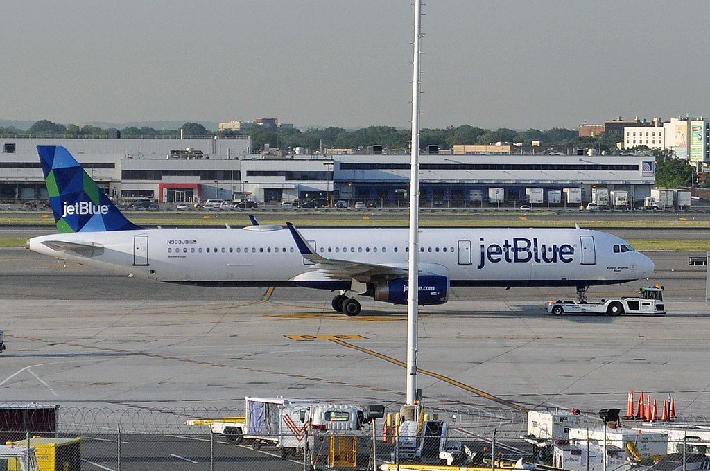 Airbus A321 231 N903JB JetBlue Airways Bigger Brighter Bluer at John F. Kennedy International Airport