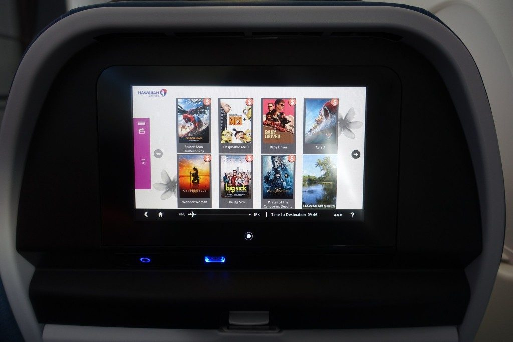 Airbus-A330-200-Hawaiian-Airlines-Extra-Comfort-Class-Inflight-Amenities-Inflight-Entertainment-IFE-system-with-USB-port