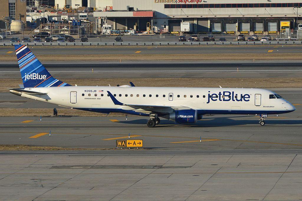Embraer ERJ190 100IGW N355JB jetBlue Airways Rendezblue taxiing in after arriving on flight JBU986 from Raleigh Durham at JFK Airport