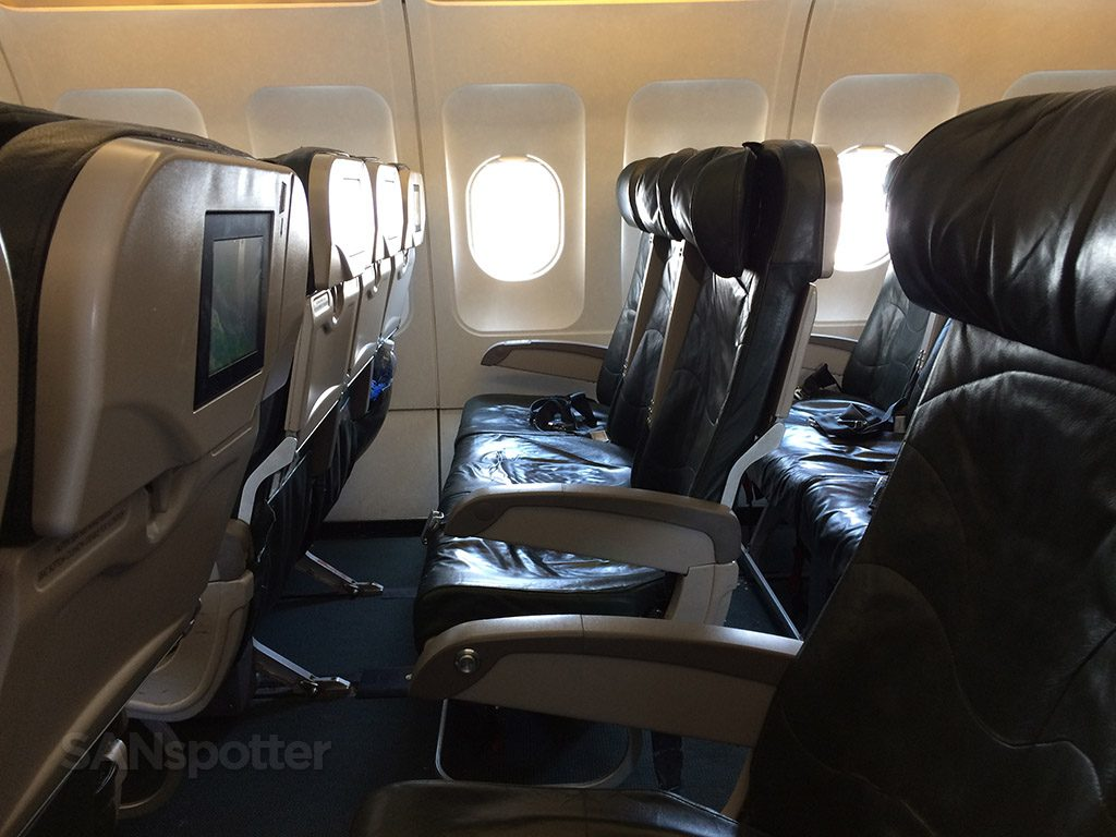 Frontier Airlines Airbus A319 100 Economy cabin standard seats row with decent pitch @SANspotter