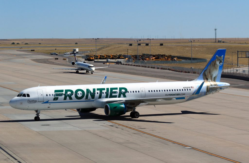 Frontier Airlines Airbus A321 211WL N702FR Courtney the Cougar