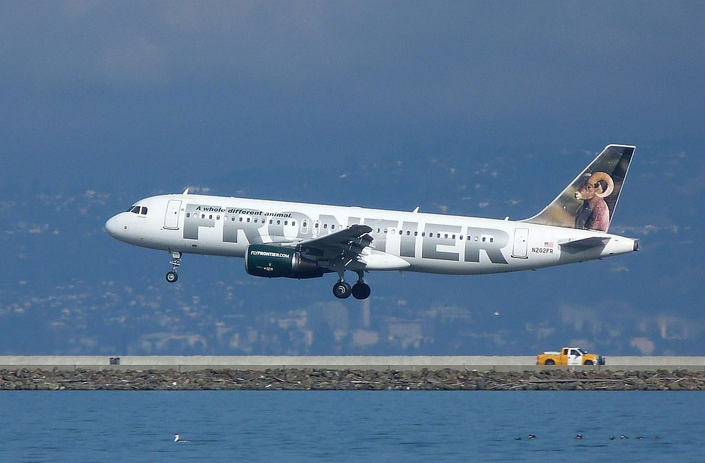 Frontier Airlines N202FR Colorado Airbus A320 200 final approach at San Francisco International Airport