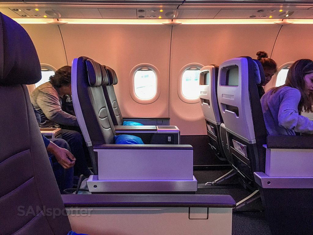 Hawaiian Airlines Aircraft Fleet Airbus A321neo First Class Cabin Seats Row Photos @SANspotter
