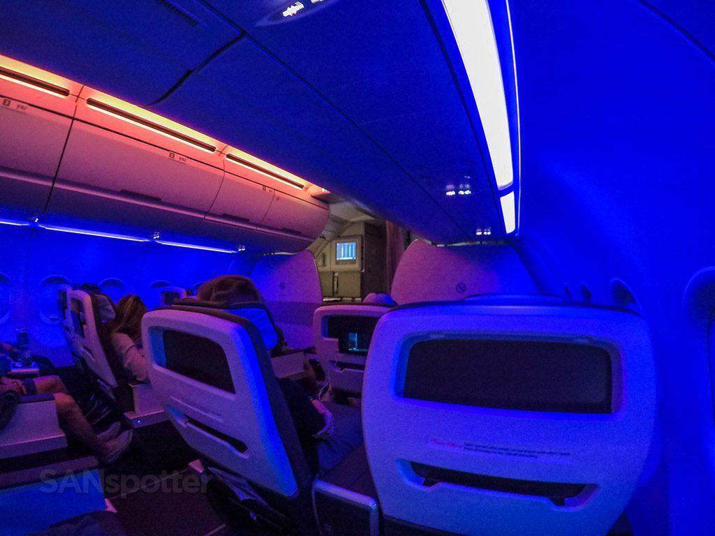 Hawaiian Airlines Aircraft Fleet Airbus A321neo First Class Cabin mood lighting photos @SANspotter