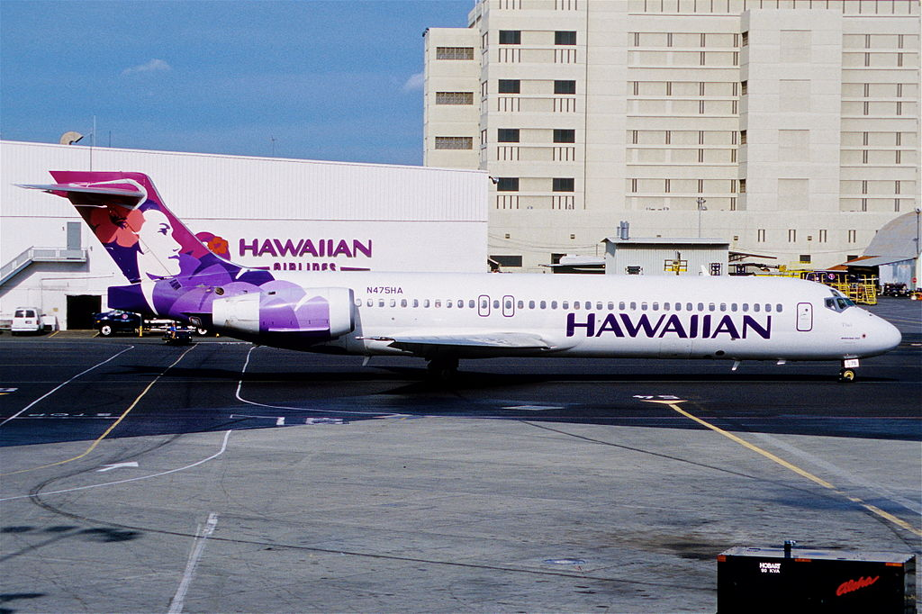 Hawaiian Airlines Boeing 717 22A N475HA Iiwi at HNL Honolulu International Airport