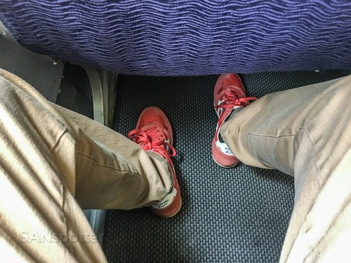 Hawaiian Airlines Boeing 767 300ER Economy Class Cabin seats pitch legroom photos @SANspotter