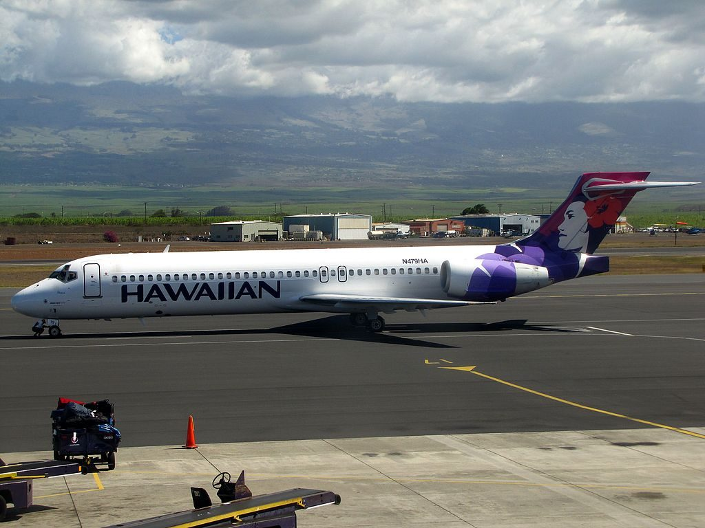 Hawaiian Airlines Fleet N479HA Boeing 717 200 Akepa at Kahului Airport