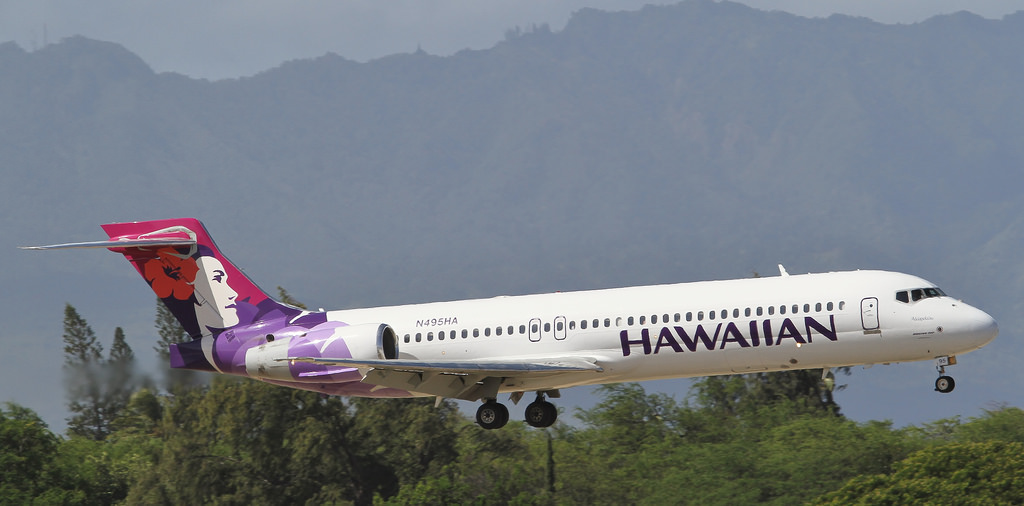 Hawaiian Airlines Narrow Body Airliner Boeing 717 200 N495HA Akiapolaau short final before landing at HNL
