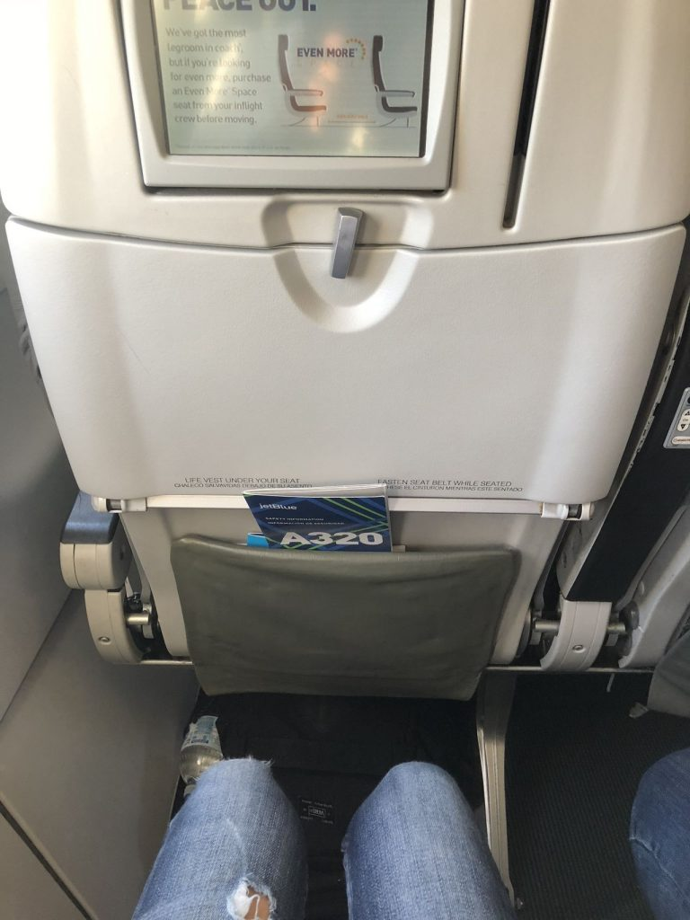 JetBlue Airways Airbus A320 200 Economy Cabin Coach Seats Pitch Legroom Comfortable