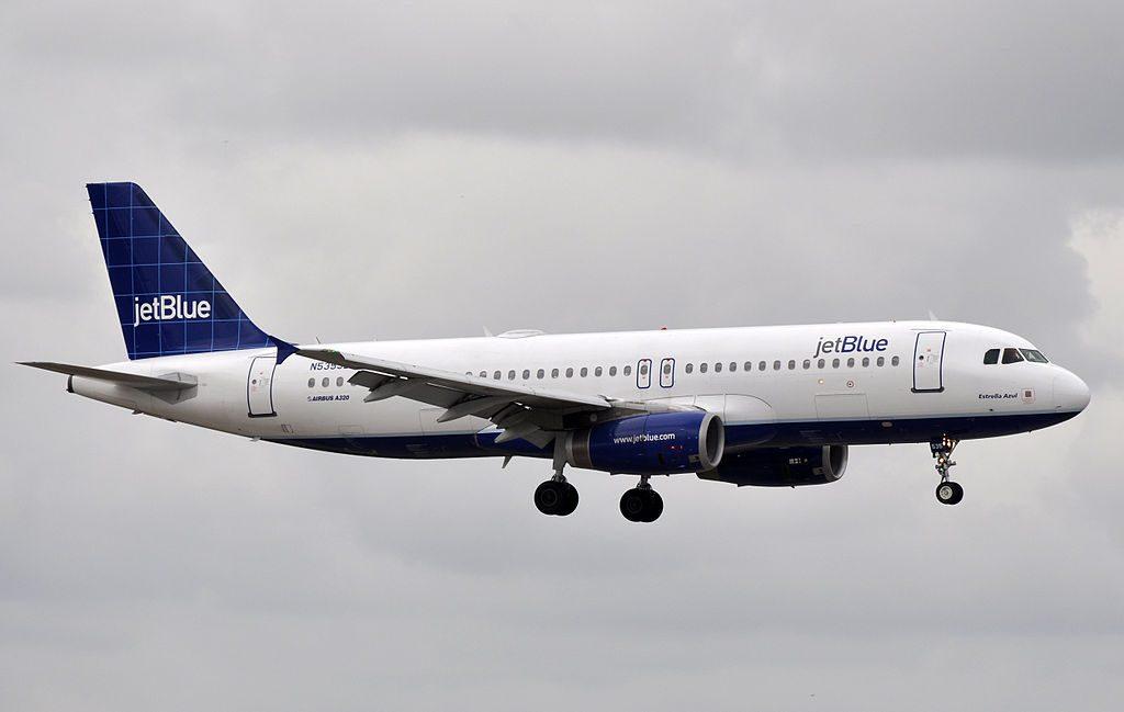JetBlue Airways Airbus A320 232 N535JB Estrella Azul at Fort Lauderdale – Hollywood International Airport